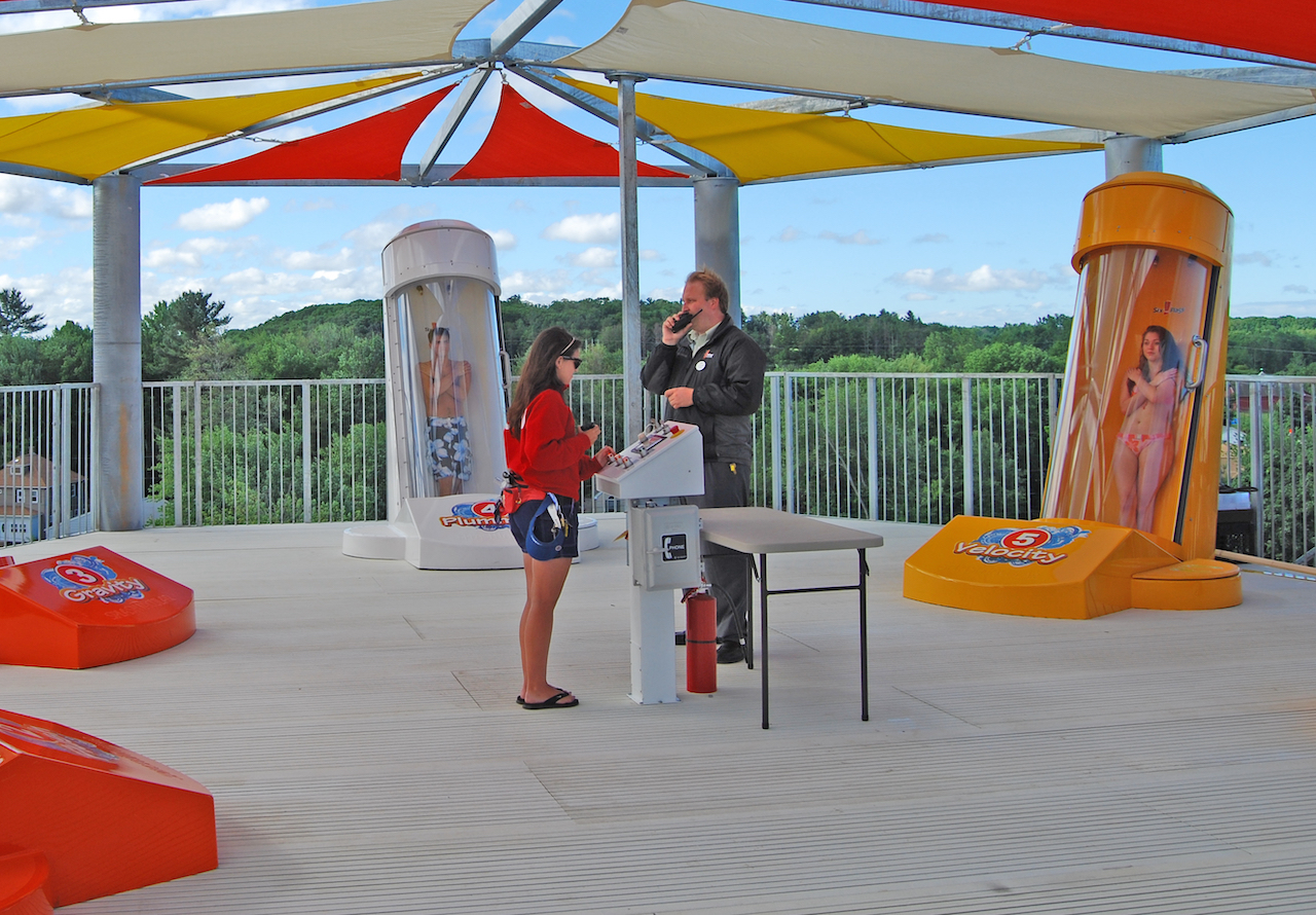 SAFETY FEATURES EVERY WATERPARK NEEDS